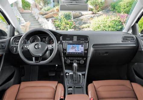 golf 7 trendline interni nuova volkswagen golf vii prezzi allestimenti e
