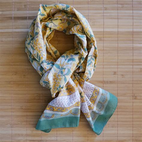 anokhi block printed scarves dyc store