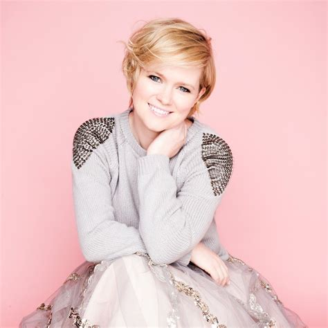 Spotlight Cecelia Ahern cecelia ahern author of the year i met you answers ten