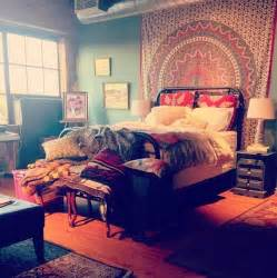 Gypsy Rug 16 Bedroom Decorating Idea With Tapestries Royal Furnish