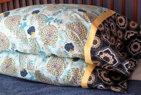 pillow casses 15 minute pillowcase with seams tutorial the