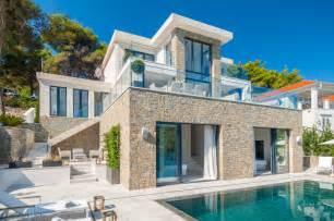 villa arts et voyages