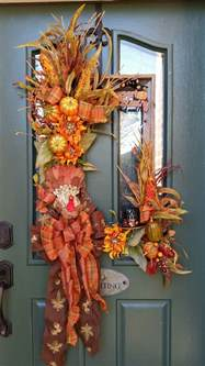 decorative accents ideas 67 and inviting fall front door d 233 cor ideas digsdigs