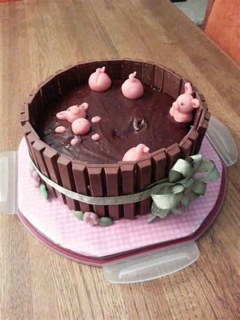 pigs   hot tub cake cakes  amber cake birthday