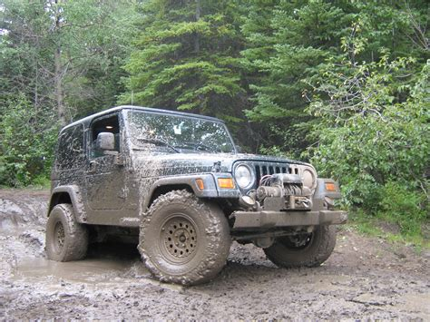 Jeeps In Mud File Jeep Wrangler In Mud 2820337718 Jpg Wikimedia Commons