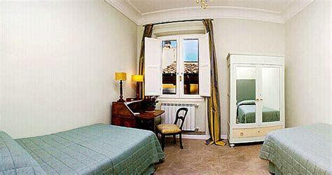 ghetto bedroom rome co de fiori tortoise three bedroom apartment with