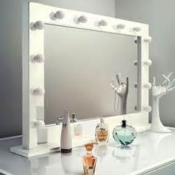 Vanity Mirror With Lights Near Me 25 Best Ideas About Makeup Mirror On