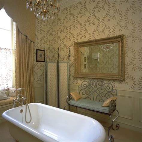 wallpapered bathrooms ideas traditional bathroom wallpaper bathroom wallpaper 10