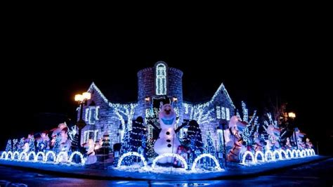 frozen themed christmas lights montreal man creates frozen themed christmas display using
