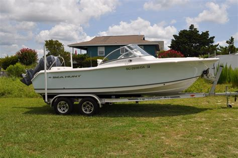 sea hunt boats problems 2013 sea hunt escape 211 very clean the hull truth