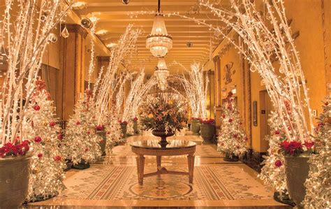 christmas at the roosevelt new orleans vie magazine