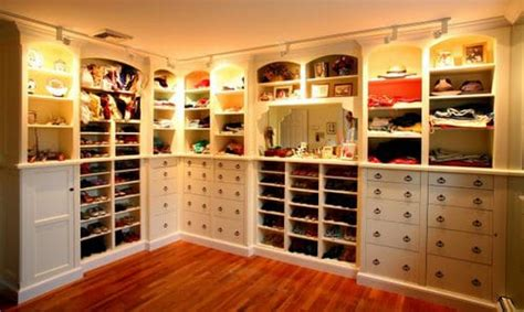 design my dream closet design inspiration 12 dreamy luxurious walk in closets