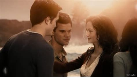 jacob black and renesmee cullen twilight saga wiki wikia jacob black and renesmee cullen twilight saga wiki
