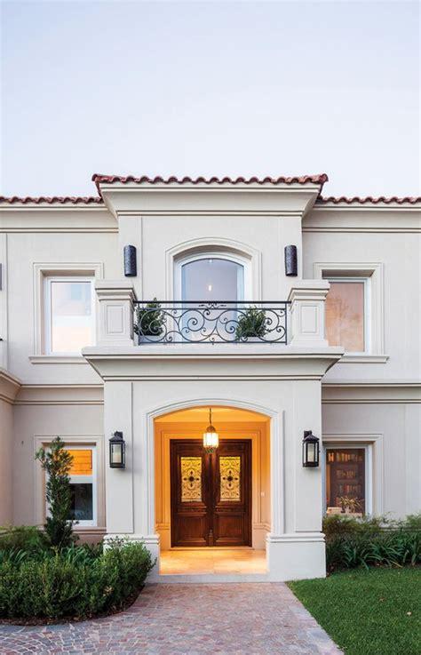 dise 241 o de casas con entradas preciosas y modernas