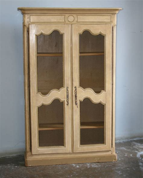 Antique Soft White Painted French Country Bookcase At 1stdibs Country Bookshelves