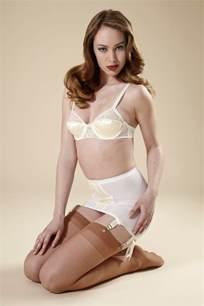 Bridal english lace bra vintage style bullet bra white amp ivory