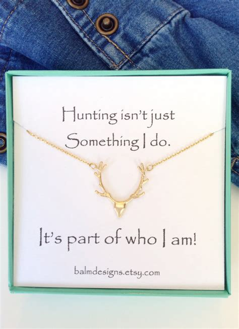 Gift Ideas For Deer Hunters - deer antler necklace gifts country