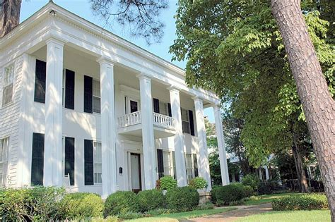 greek style homes the history of the antebellum plantation style home