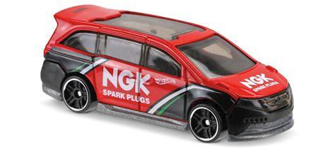 matchbox honda odyssey honda odyssey in red hw speed graphics car collector
