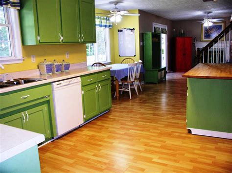 colors to paint kitchen cabinets kitchen paint colors with oak cabinets designing home