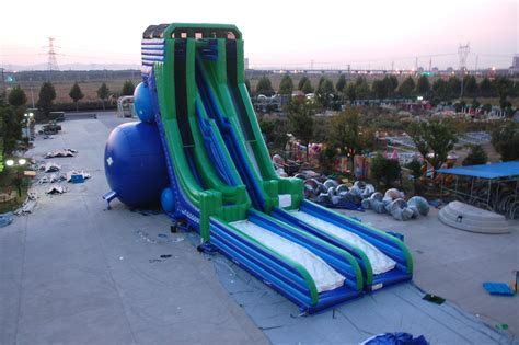 inflatable  launches worlds tallest inflatable wet