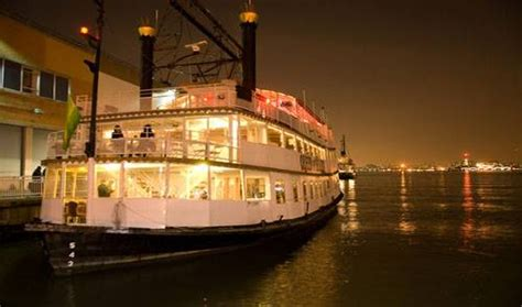 halloween boat cruise nyc nyc halloween boat party cruise pier 36 queen of hearts