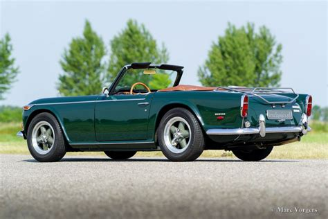 tr tr triumph tr 250 1968 welcome to classicargarage
