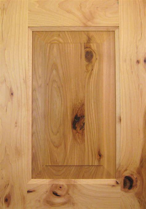 hickory cabinet doors hickory knotty taylorcraft cabinet door company