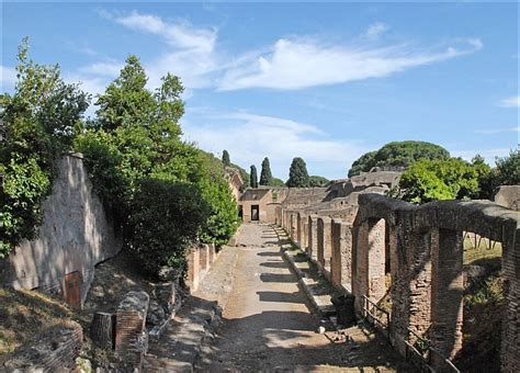 ostia port ostie 5 raisons de visiter le port antique de rome