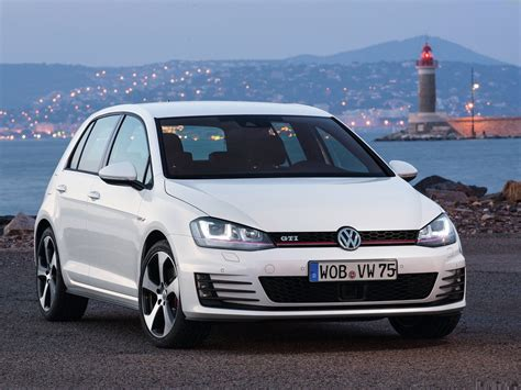 volkswagen golf gti 2014 2014 volkswagen golf gti wallpapers pics pictures