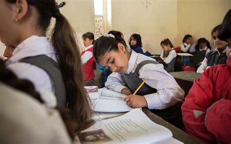 hochzeit yeziden assistance helps syrian children in iraq catch up on