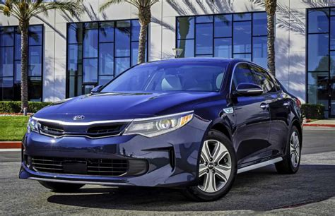 kia optima fuel type kia updates the optima hybrid for 2017 boosts fuel