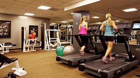 fitness center deslux hotel luxurius amenities include a complete fitness center des lux hotel