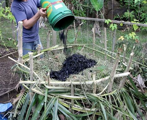 how to make a compost pile in your backyard how to make a compost pile in your backyard how to make a