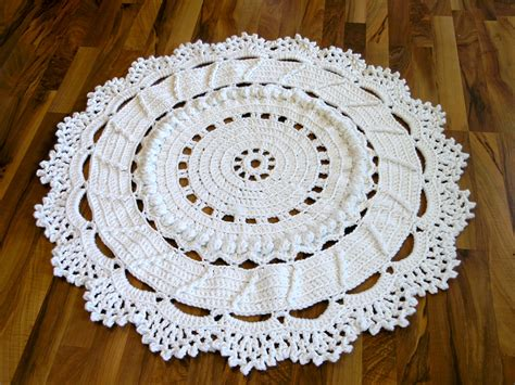 chrochet rug dances with wools 187 archive 187 a crochet doily rug for our living room