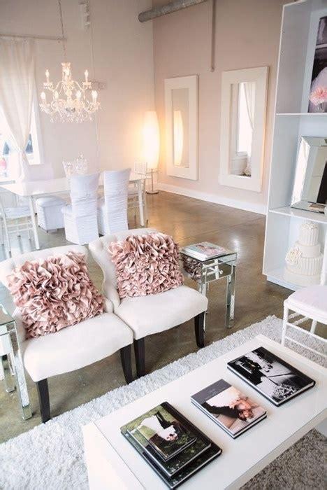 Feminine Living Room by 66 Airy And Elegant Feminine Living Rooms Digsdigs