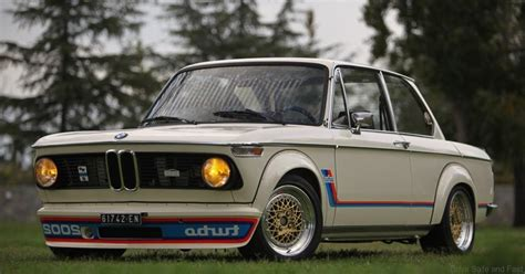 bmw 2002ti bmw 2002 the classic bmw we all want drive safe and fast