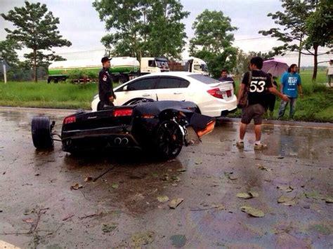 crashed lamborghini veneno ไขปร ศนา ล มโบก น ชนต วถ งขาดคร ง