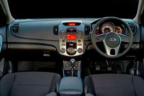 Kia Cerato 2011 Interior Sa Roadtests Launch Report 2011 Kia Cerato Hatch