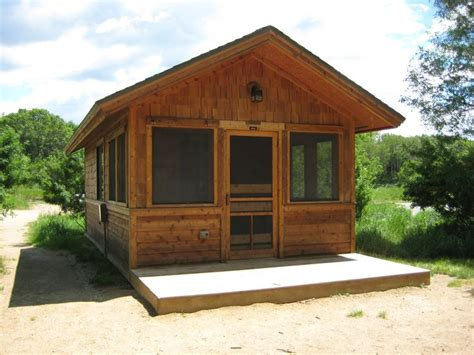 backyard screen house rustic screened cabins cing at sibley state park