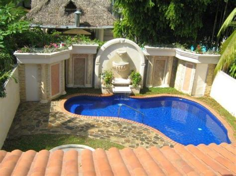 Small Backyard With Pool Small Backyard Pools Designs Ideas 2017 Decorationy
