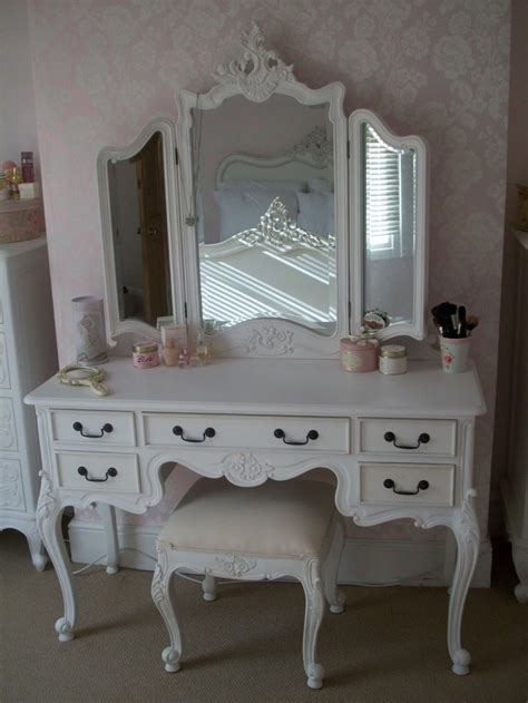 Makeup Table With Mirror And Chair Furniture Add Elegance White Vanity Table That Suits Your Style Tenchicha
