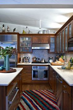 Kitchen Cabinet Us History Above Cabinets Glass Cabinets And Lighting On