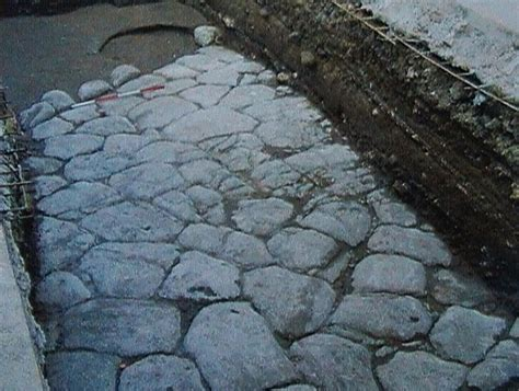 porta romana len antiche strade salento