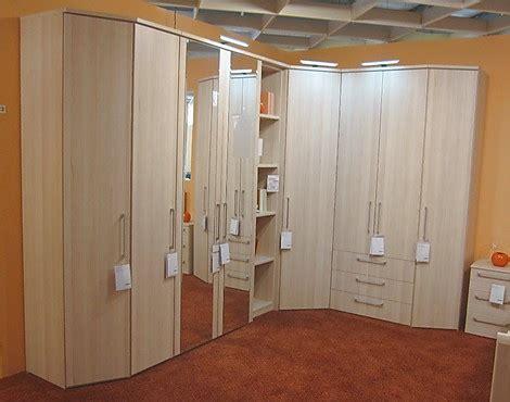 kleiderschrank reduziert m 246 belabverkauf schlafzimmer kleiderschr 228 nke reduziert
