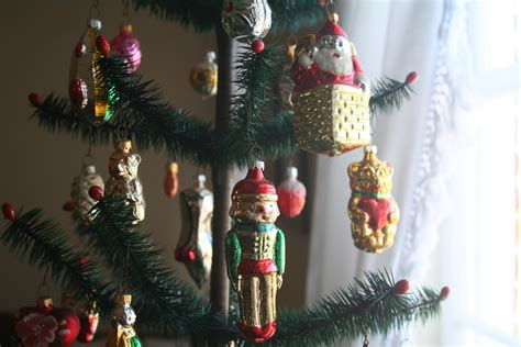traditional german tree decorations traditional tree decorations in germany www indiepedia org