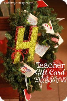 Gift Card Wreath For Teacher - gift card wreath for teacher it s beginning to look a lot like christmas