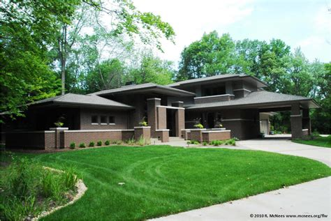 prairie style architecture frank lloyd wright and prairie school arhictecture in