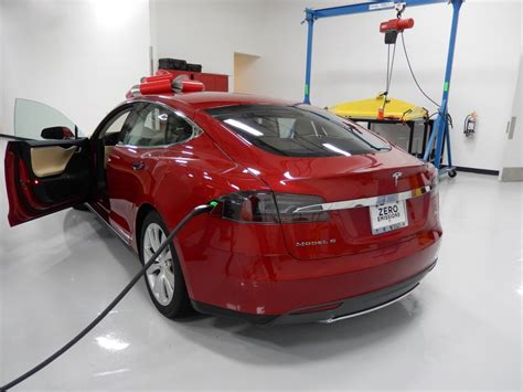 Tesla Rocklin Ca Stephen King Takes Tesla To Drags Compares It To X Wing