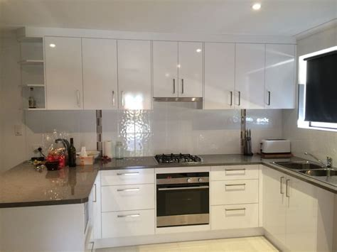Laminex Kitchen Ideas | kitchen tops laminex petra stone diamond gloss doors panels laminex polar white silk